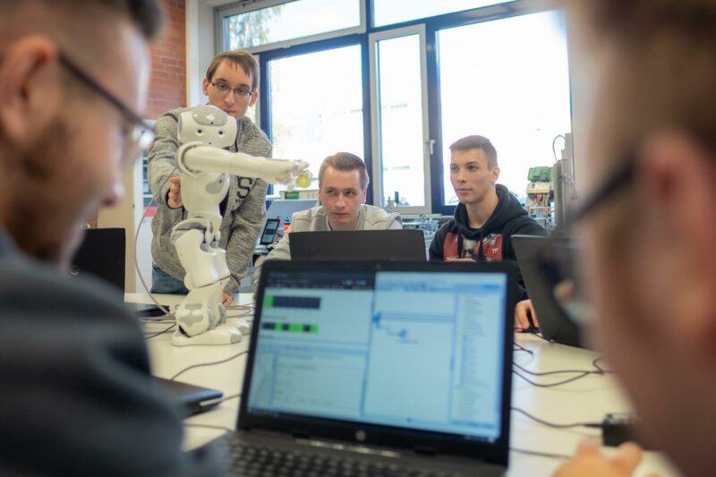 Fachschule Technik - digitale Produktionstechnik